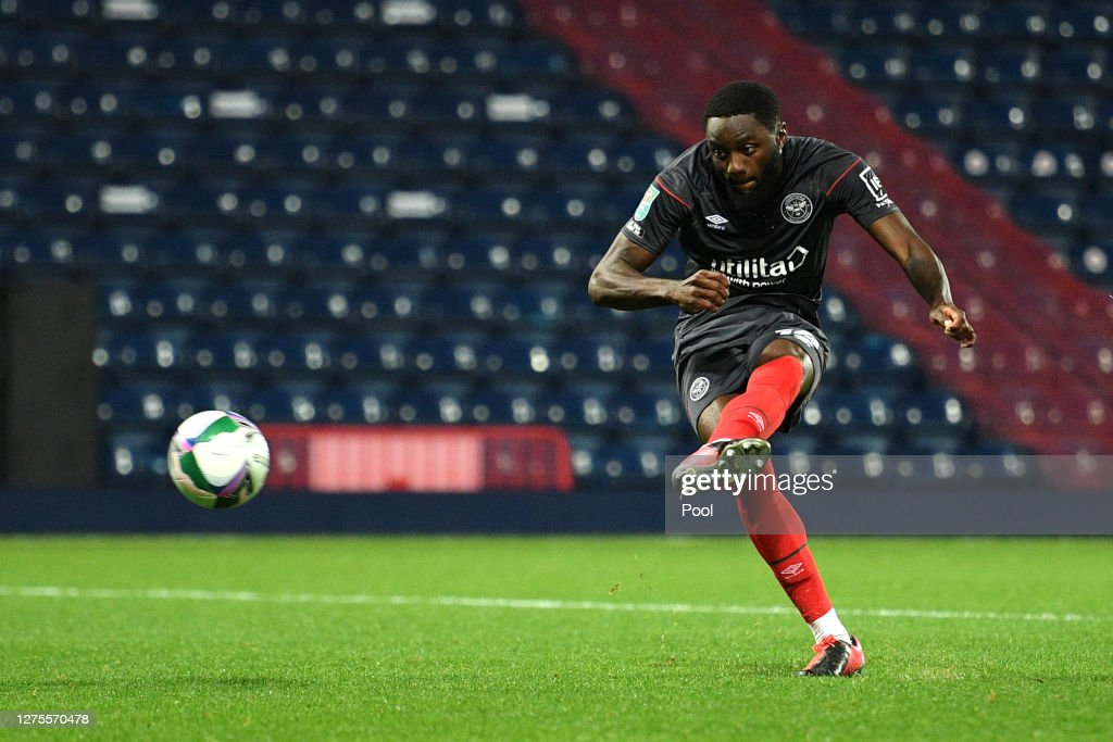 West Bromwich Albion v Brentford - Carabao Cup Third Round : ニュース写真