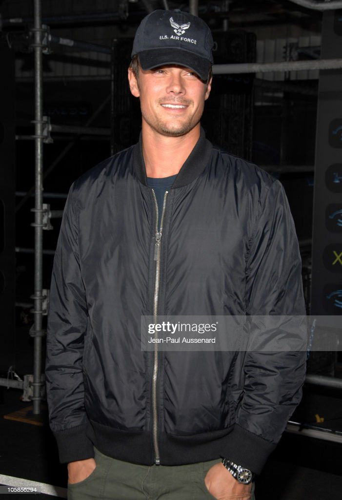 Josh Duhamel during Xbox 360 Halo 3 Sneak Preview - Arrivals at Quixote Studios in West Hollywood, California, United States.