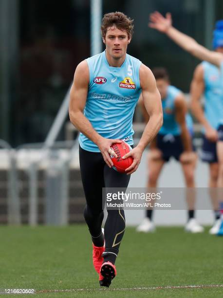 Josh Dunkley of the Bulldogs in action during the Western Bulldogs AFL training session at Whitten Oval on June 01, 2020 in Melbourne, Australia.