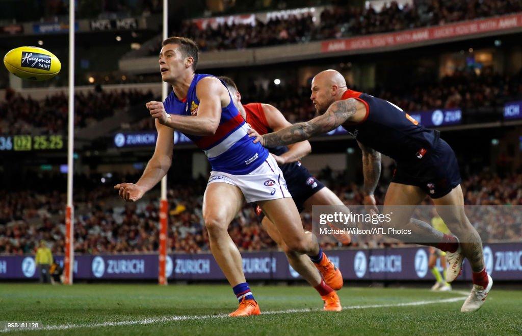 AFL Rd 17 - Melbourne v Western Bulldogs : News Photo