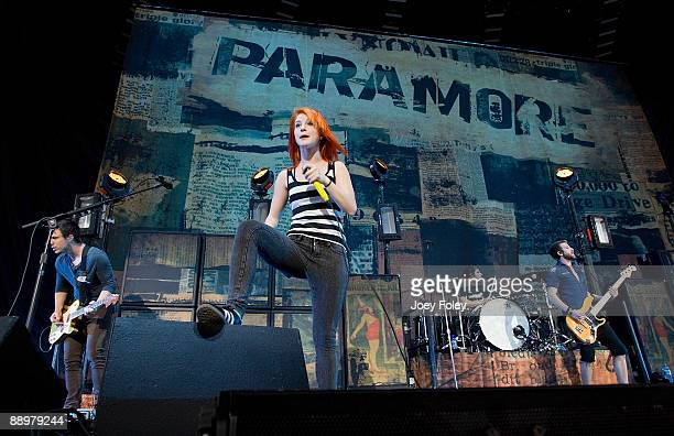 Josh FarroHayley WilliamsZac Farro and Jeremy Davis of Paramore perform in concert at the Verizon Wireless Music Center on July 10 2009 in...
