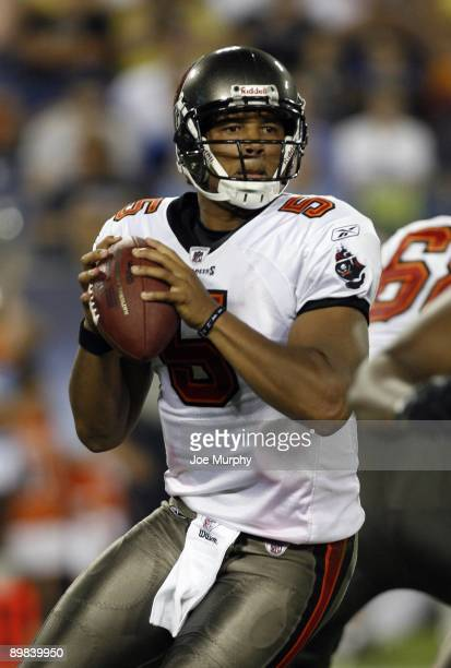 Josh Freeman of the Tampa Bay Buccaneers looks to pass against the Tennessee Titans during a preseason NFL game at LP Field on August 15, 2009 in...