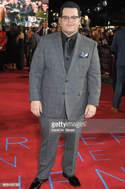 Josh Gad attends the World Premiere of 'Murder On The Orient Express' at The Royal Albert Hall on November 2 2017 in London England