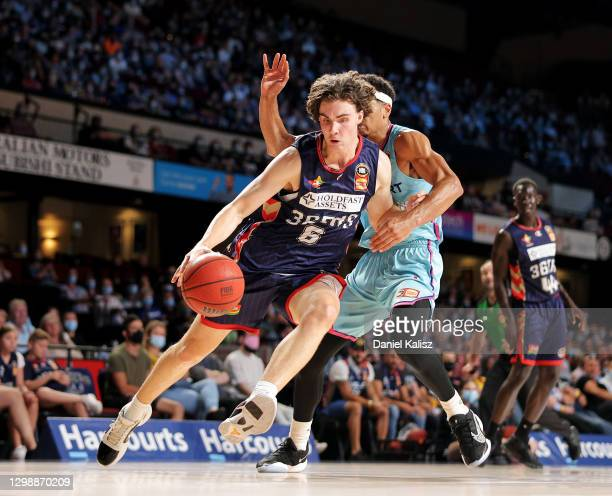 Josh Giddey of the 36ers drives to the basket during the round three NBL match between the Adelaide 36ers and the New Zealand Breakers at Adelaide...