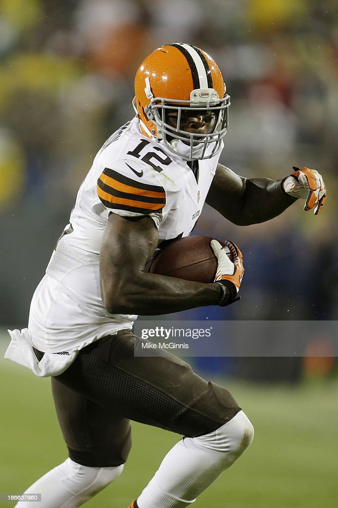 Cleveland Browns v Green Bay Packers : News Photo