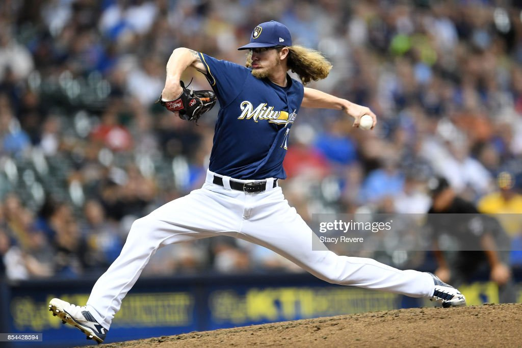 Josh Hader #71 of the Milwaukee Brewers throws a pitch during the fifth inning of a game against the Cincinnati Reds at Miller Park on September 26, 2017 in Milwaukee, Wisconsin.