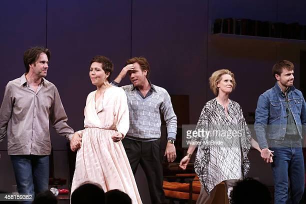 Josh Hamilton Maggie Gyllenhaal Ewan McGregor Cynthia Nixon and Ronan Raftery during the Roundabout Theatre Company's Broadway Opening Night Curtain...