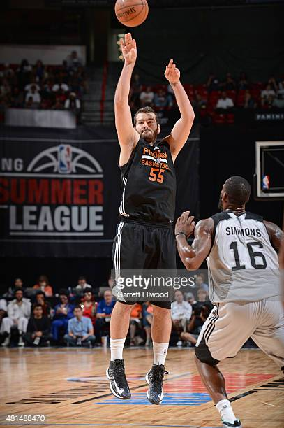 Josh Harrellson of the Phoenix Suns shoots the ball against the San Antonio Spurs during the Las Vegas Summer League Championship on July 20 2015 at...