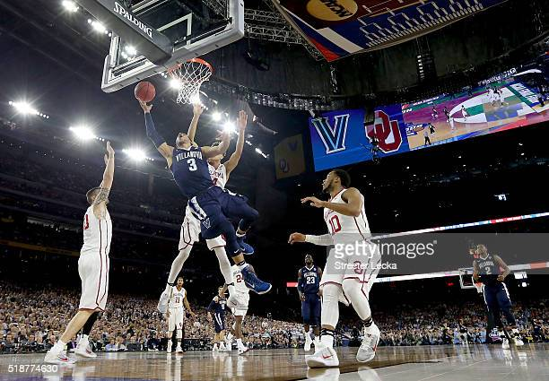 Josh Hart of the Villanova Wildcats shoots the ball in the first half against the Oklahoma Sooners during the NCAA Men's Final Four Semifinal at NRG...