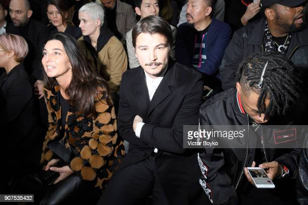 Josh Hartnett attends the Dior Homme Menswear Fall/Winter 20182019 show as part of Paris Fashion Week on January 20 2018 in Paris France