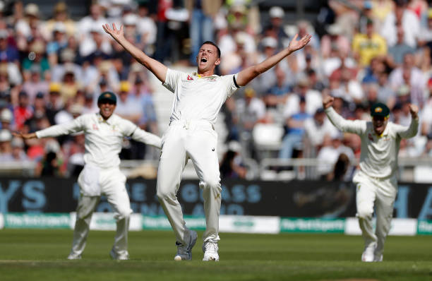 GBR: England v Australia - 3rd Specsavers Ashes Test: Day Two