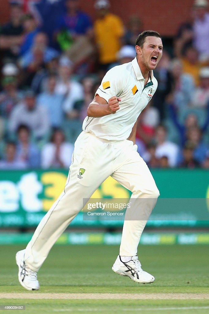 Australia v New Zealand - 3rd Test: Day 2