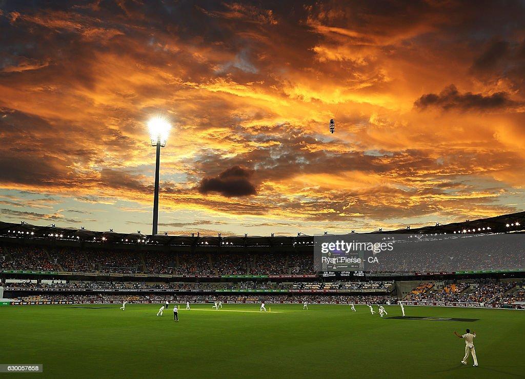 Australia v Pakistan - 1st Test: Day 2