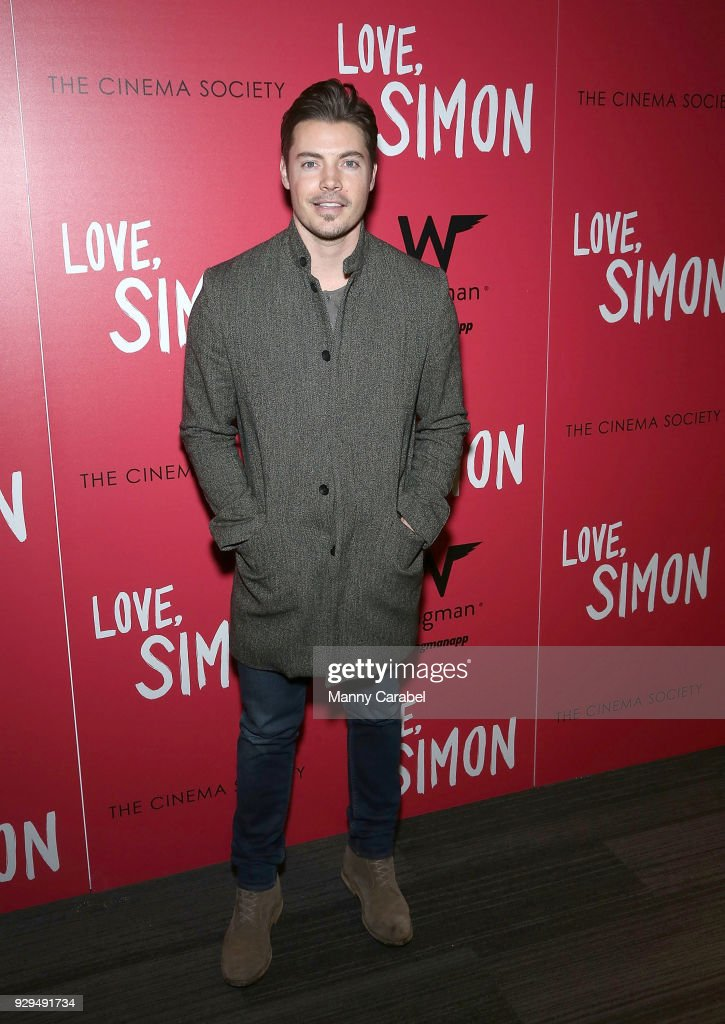 Josh Henderson attends 20th Century Fox & Wingman host a NYC screening of 'Love,Simon' at Landmark Theatre on March 8, 2018 in New York City.