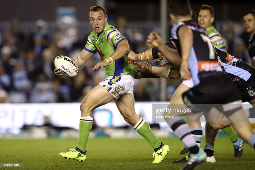 Josh Hodgson of the Raiders looks for support after making a break during the round 22 NRL match between the Cronulla Sharks and the Canberra Raiders at Southern Cross Group Stadium on August 5, 2017 in Sydney, Australia.
