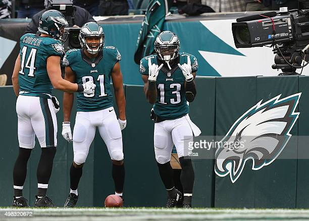 Josh Huff of the Philadelphia Eagles celebrates his touchdown against the Tampa Bay Buccaneers in the first quarter at Lincoln Financial Field on...
