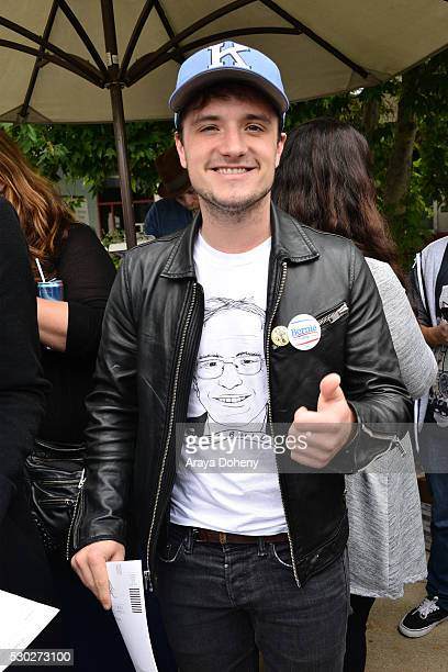 Josh Hutcherson registers students to vote at the Stars Rock The Campus 4 BERNIE event on May 10 2016 in Los Angeles California