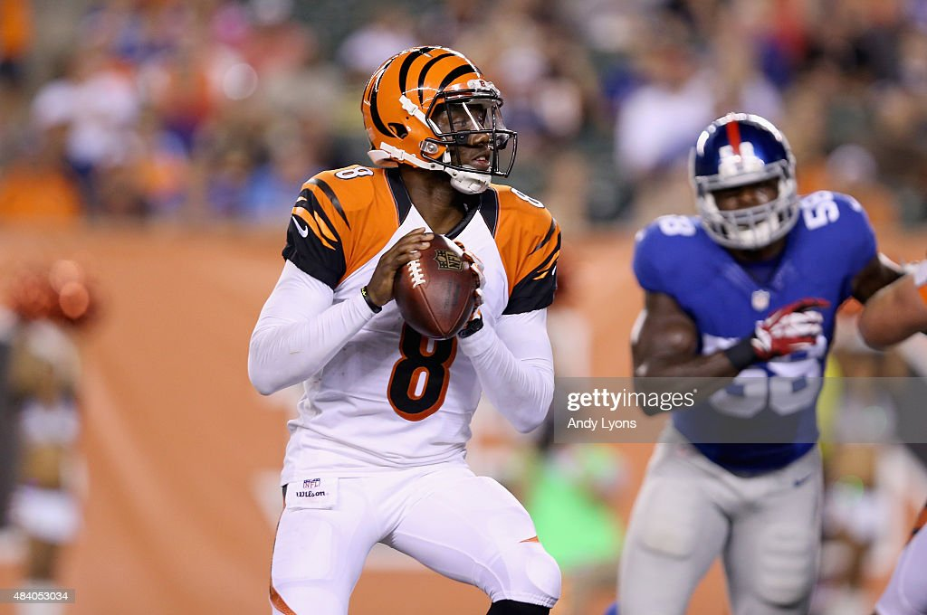 Josh Johnson #8 of the Cincinnati Bengals prepares to pass the ball against the New York Giants during an preseason game at Paul Brown Stadium on August 14, 2015 in Cincinnati, Ohio.