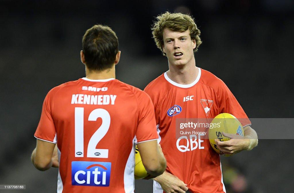 AUS: AFL Rd 1 - Western Bulldogs v Sydney