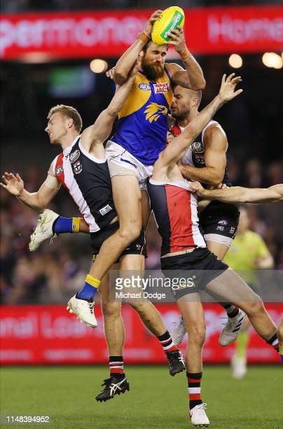 Josh Kennedy of the Eagles marks the ball during the round eight AFL match between the St Kilda Saints and the West Coast Eagles at Marvel Stadium on...