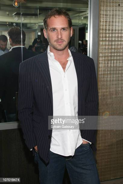 "Josh Lucas during ""Children Of Men"" New York Screening - After Party Hosted by The Cinema Society and GQ - Inside Arrivals at The Soho Grand..."