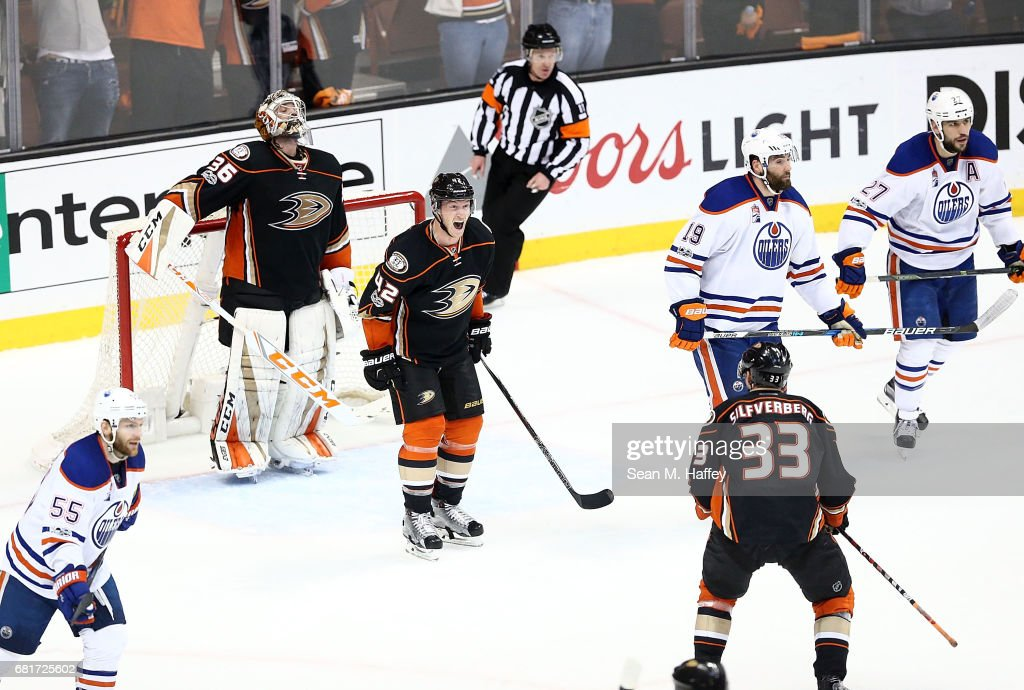 Edmonton Oilers v Anaheim Ducks - Game Seven