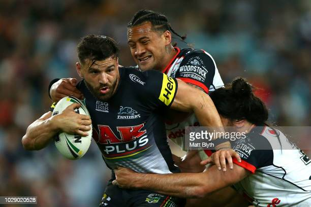 Josh Mansour of the Panthers is tackled during the NRL Elimination Final match between the Penrith Panthers and the New Zealand Warriors at ANZ...