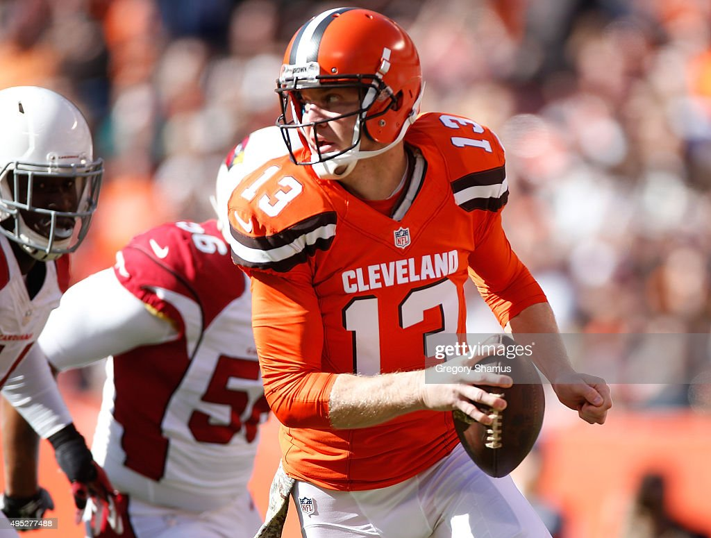 Josh McCown #13 of the Cleveland Browns look for a open receiver while playing the Arizona Cardinals at FirstEnergy Stadium on November 1, 2015 in Cleveland, Ohio. Arizona won the game 34-20.