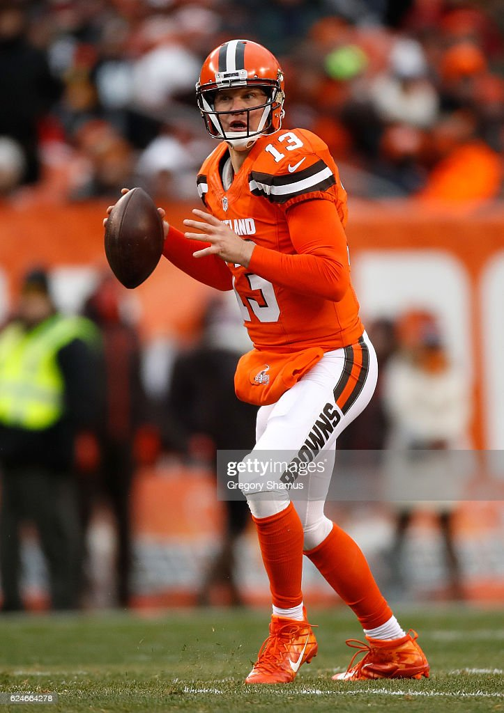 Josh McCown #13 of the Cleveland Browns looks to pass during the fourth quarter against the Pittsburgh Steelers at FirstEnergy Stadium on November 20, 2016 in Cleveland, Ohio.