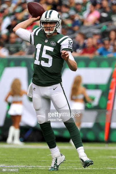 Josh McCown of the New York Jets thows the ball in the first quarter against the New England Patriots during their game at MetLife Stadium on October...