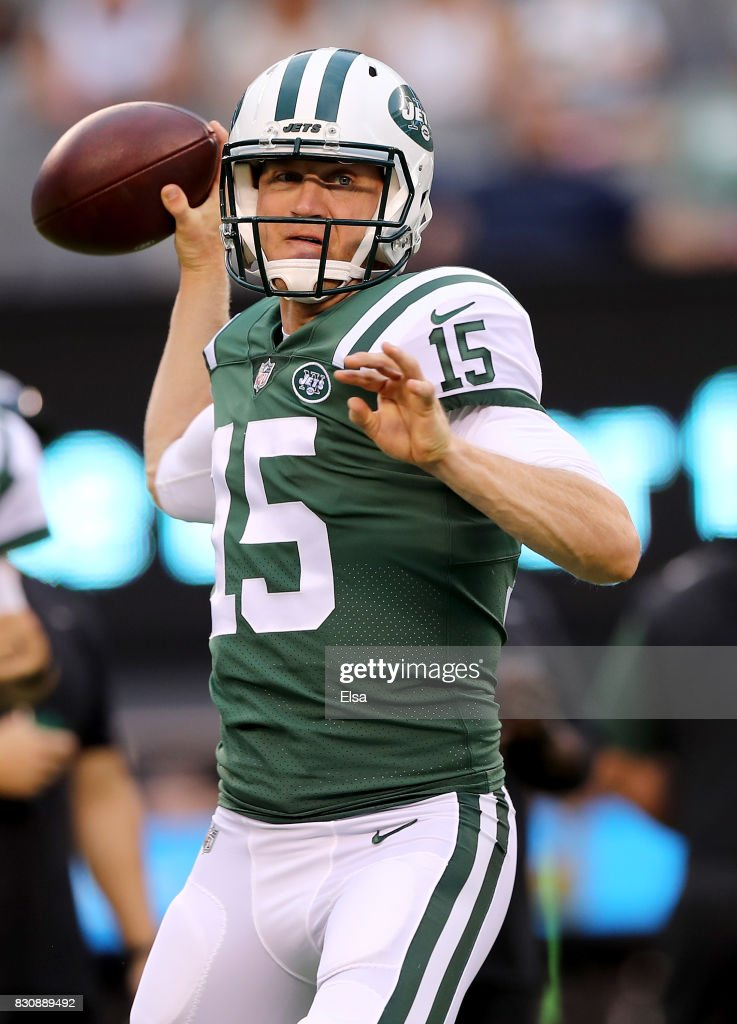 Josh McCown #15 of the New York Jets throws a pass during warm ups before the game against the Tennessee Titans during preseason action at MetLife Stadium on August 12, 2017 in East Rutherford, New Jersey.