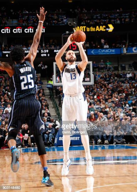Josh McRoberts of the Dallas Mavericks shoots the ball against the Orlando Magic on January 9 2018 at the American Airlines Center in Dallas Texas...