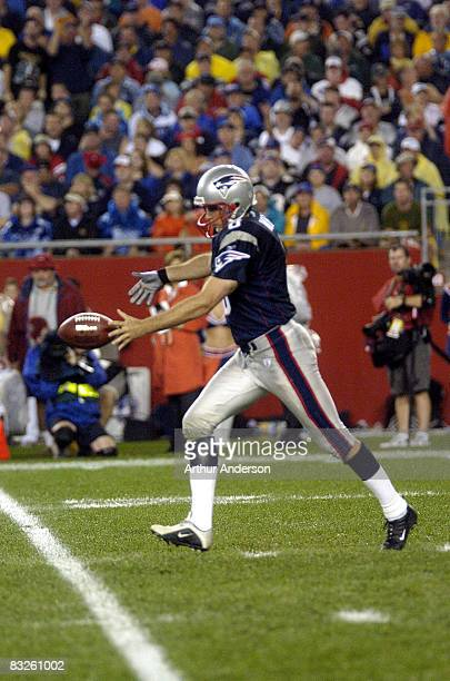 Josh Miller is solving the Patriots punting problems The New England Patriots defeated the Indianapolis Colts by a score of 2724 at NFL Kickoff 2004...