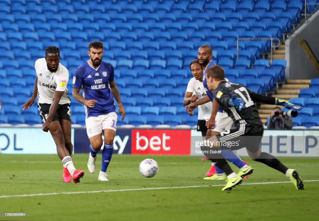 Cardiff City v Fulham - Sky Bet Championship Play Off Semi-final 1st Leg : News Photo