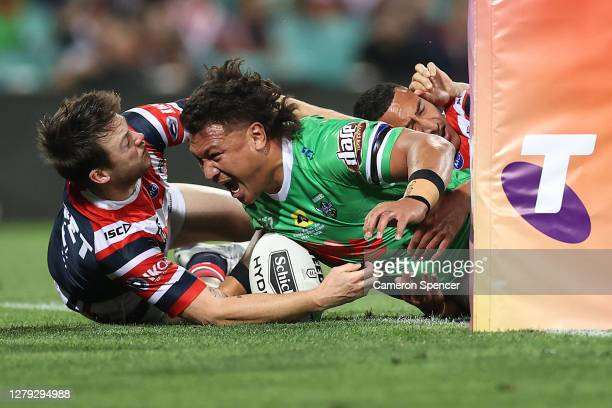 Josh Papalii of the Raiders scores a tryduring the NRL Semi Final match between the Sydney Roosters and the Canberra Raiders at the Sydney Cricket...