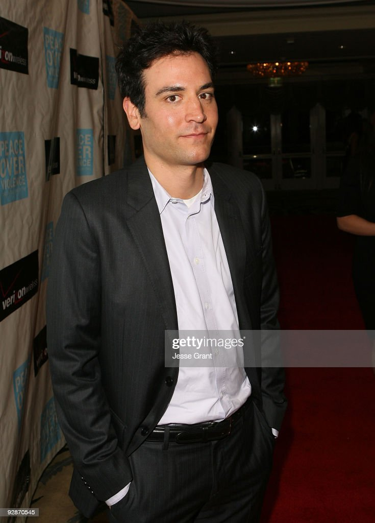 Peace Over Violence's 38th Annual Humanitarian Awards - Red Carpet : News Photo