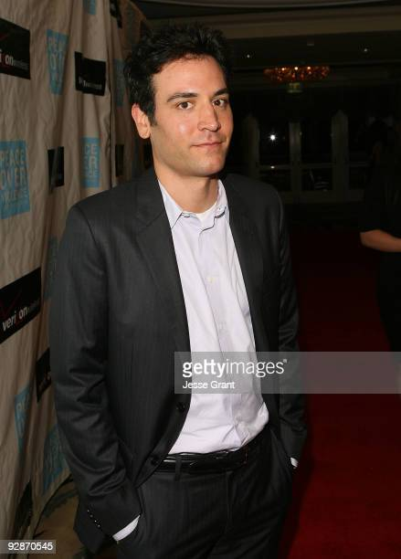 Josh Radnor arrives at the Peace Over Violence 38th Annual Humanitarian Awards at the Beverly Hills Hotel on November 6 2009 in Beverly Hills...