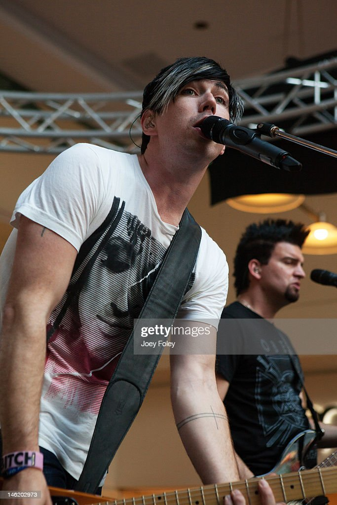 Josh Ramsay (L) And Mike Ayley Of The Rock Band Marianas Trench Performs  Live