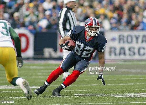 Josh Reed of the Buffalo Bills carries the ball during the game against the Green Bay Packers on November 5 2006 at Ralph Wilson Stadium in Orchard...