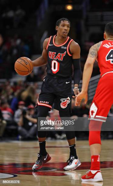 Josh Richardson of the Miami Heat looks over the defense against the Chicago Bulls at the United Center on November 26 2017 in Chicago Illinois The...