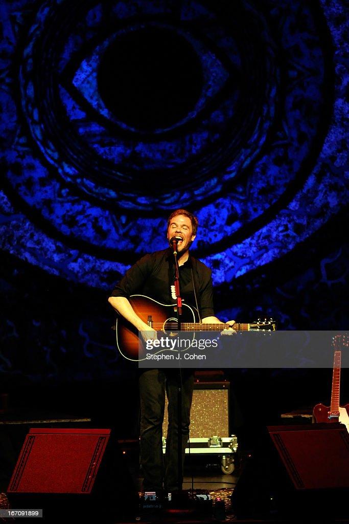 Josh Ritter In Concert - Louisville, KY : News Photo