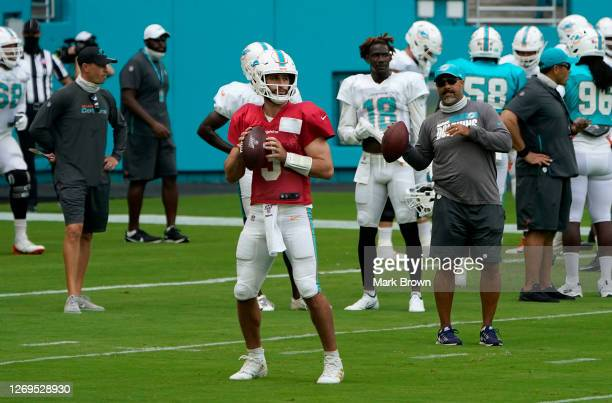 Josh Rosen of the Miami Dolphins throws a pass during training camp at Hard Rock Stadium on August 29, 2020 in Miami Gardens, Florida.