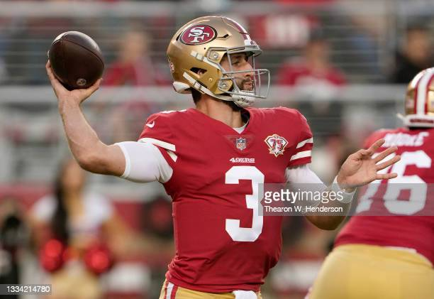 Josh Rosen of the San Francisco 49ers drops back to pass against the Kansas City Chiefs during the third quarter at Levi's Stadium on August 14, 2021...
