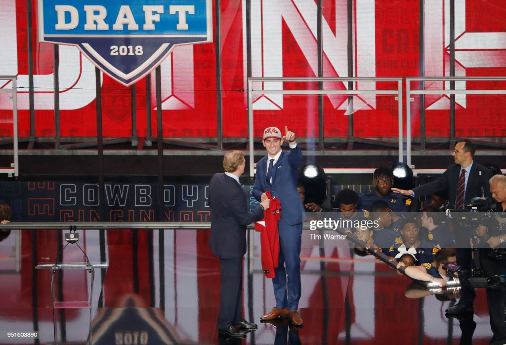 Josh Rosen of UCLA poses with NFL Commissioner Roger Goodell after being picked #10 overall by the Arizona Cardinals during the first round of the 2018 NFL Draft at AT&T Stadium on April 26, 2018 in Arlington, Texas.