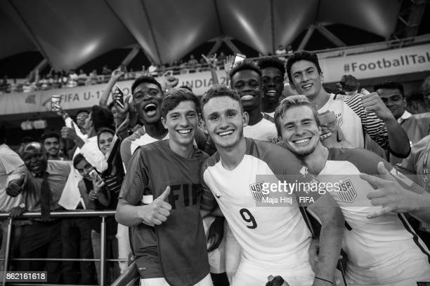 Josh Sargent and a team of USA celebrates after winning the FIFA U17 World Cup India 2017 Round of 16 match between Paraguay and USA at Jawaharlal...