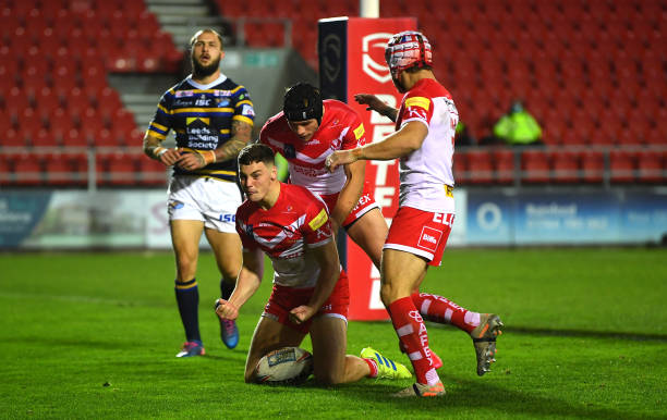 GBR: St Helens v Leeds Rhinos - Betfred Super League