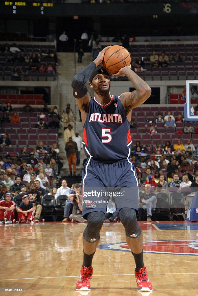 Josh Smith #5 of the Atlanta Hawks takes a free throw against the Detroit Pistons on October 26, 2012 at The Palace of Auburn Hills in Auburn Hills, Michigan.