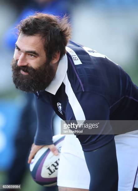 Josh Strauss takes part in the captain's run prior to tomorrow's 6 Nations match between Scotland and Ireland at Murrayfield on February 3 2017 in...
