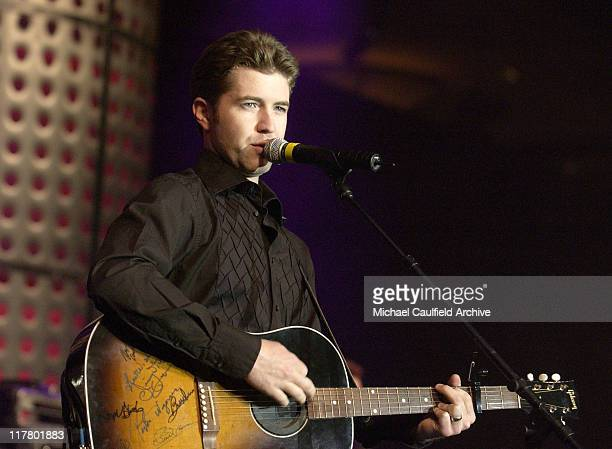 Josh Turner performs at the Academy of Country Music's New Artist Show