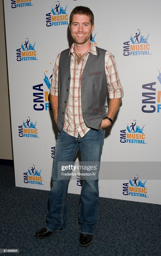 Josh Turner visits the press room at the VAULT Concert Stages during the 2008 CMA Music Festival on June 6, 2008 at LP Field in Nashville, Tennessee.